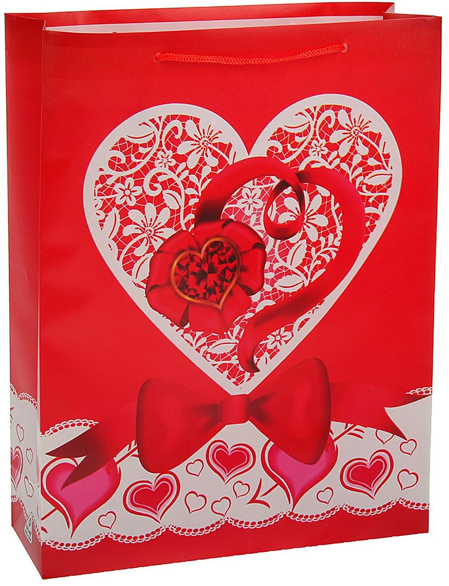 Пакет подарочный Сердце с бантиком, цвет: мультиколор, 30 х 23 х 8 см. 19713271971327Любой подарок начинается с упаковки. Что может быть трогательнее и волшебнее, чем ритуал разворачивания полученного презента. И именно оригинальная, со вкусом выбранная упаковка выделит ваш подарок из массы других. Она продемонстрирует самые теплые чувства к виновнику торжества и создаст сказочную атмосферу праздника - это то, что вы искали.