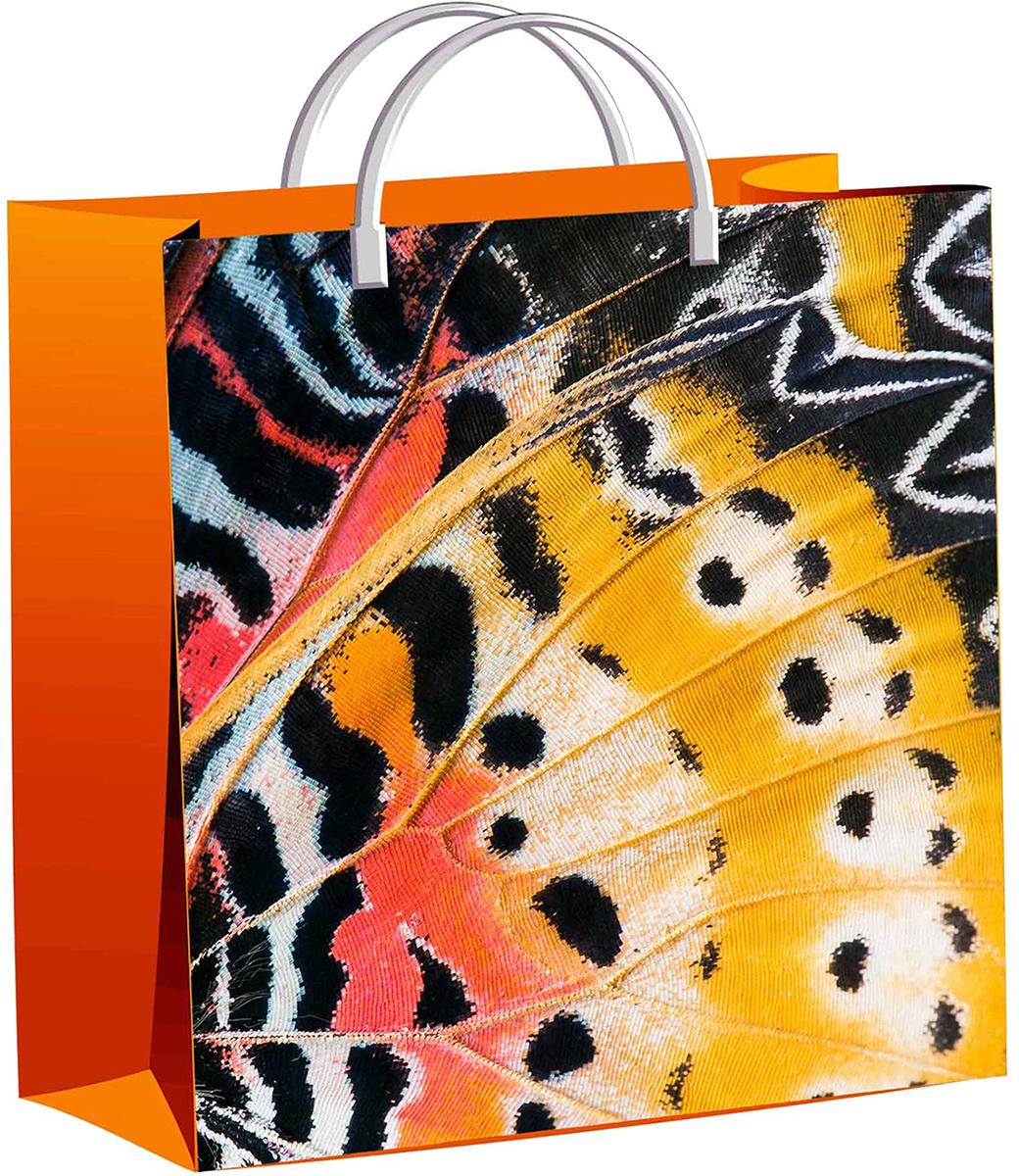 Пакет подарочный ТикоПластик Крыло бабочки, цвет: оранжевый, 30 х 30 см. 23273832327383Любой подарок начинается с упаковки. Что может быть трогательнее и волшебнее, чем ритуал разворачивания полученного презента. И именно оригинальная, со вкусом выбранная упаковка выделит ваш подарок из массы других. Она продемонстрирует самые теплые чувства к виновнику торжества и создаст сказочную атмосферу праздника - это то, что вы искали.