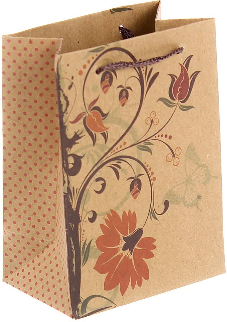 """Любой подарок начинается с упаковки. Что может быть трогательнее и волшебнее, чем ритуал разворачивания полученного презента. И именно оригинальная, со вкусом выбранная упаковка выделит ваш подарок из массы других. Она продемонстрирует самые теплые чувства к виновнику торжества и создаст сказочную атмосферу праздника. Пакет-крафт """"Осенний цветок"""" - это то, что вы искали."""