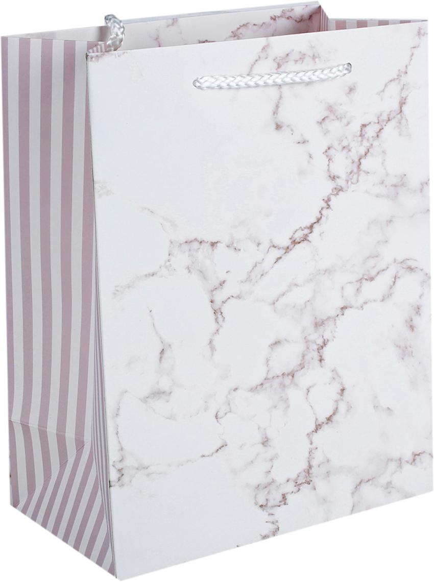 Пакет подарочный Люкс. Мрамор, цвет: розовый, 18 х 23 х 10 см. 26243912624391Любой подарок начинается с упаковки. Что может быть трогательнее и волшебнее, чем ритуал разворачивания полученного презента. И именно оригинальная, со вкусом выбранная упаковка выделит ваш подарок из массы других. Она продемонстрирует самые теплые чувства к виновнику торжества и создаст сказочную атмосферу праздника. Пакет подарочный Мрамор, люкс - это то, что вы искали.