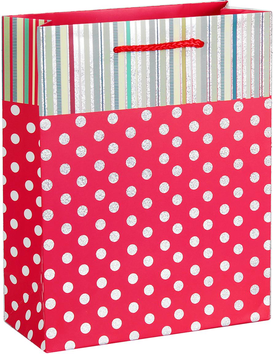 Пакет подарочный Люкс. Горошек, цвет: красный, 26 х 32 х 10 см. 26544012654401Любой подарок начинается с упаковки. Что может быть трогательнее и волшебнее, чем ритуал разворачивания полученного презента. И именно оригинальная, со вкусом выбранная упаковка выделит ваш подарок из массы других. Она продемонстрирует самые теплые чувства к виновнику торжества и создаст сказочную атмосферу праздника. Пакет подарочный Горошек - это то, что вы искали.