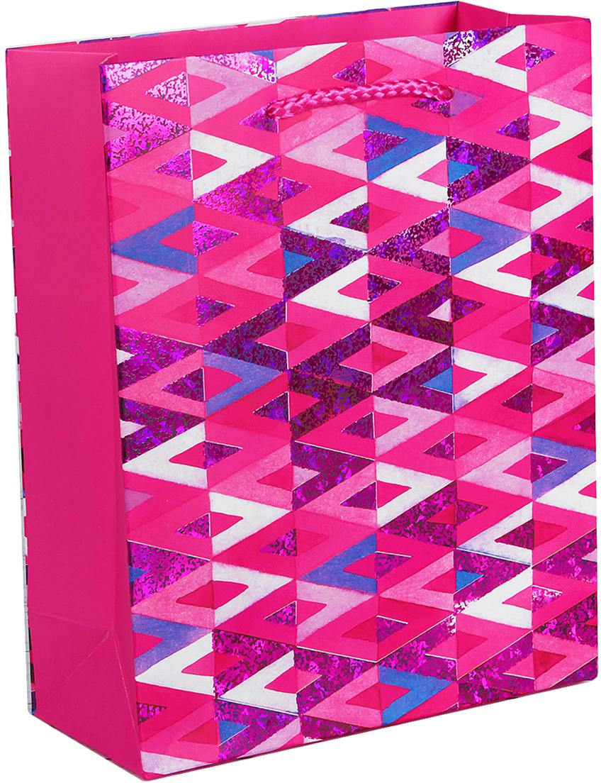 Пакет подарочный Люкс. Геометрия, цвет: розовый, 31 х 42 х 12 см. 26544252654425Любой подарок начинается с упаковки. Что может быть трогательнее и волшебнее, чем ритуал разворачивания полученного презента. И именно оригинальная, со вкусом выбранная упаковка выделит ваш подарок из массы других. Она продемонстрирует самые теплые чувства к виновнику торжества и создаст сказочную атмосферу праздника. Пакет подарочный Геометрия - это то, что вы искали.