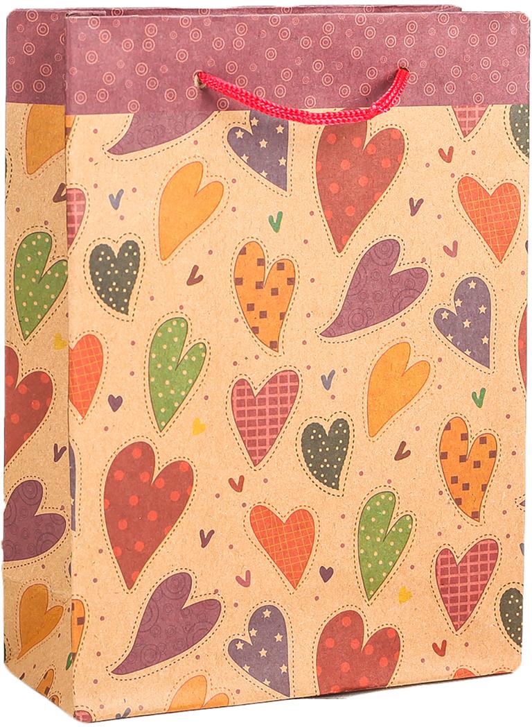Пакет подарочный Разноцветные сердца, цвет: мультиколор, 15 х 20 х 6 см. 27909242790924Любой подарок начинается с упаковки. Что может быть трогательнее и волшебнее, чем ритуал разворачивания полученного презента. И именно оригинальная, со вкусом выбранная упаковка выделит ваш подарок из массы других. Она продемонстрирует самые теплые чувства к виновнику торжества и создаст сказочную атмосферу праздника. Пакет-крафт Разноцветные сердца - это то, что вы искали.