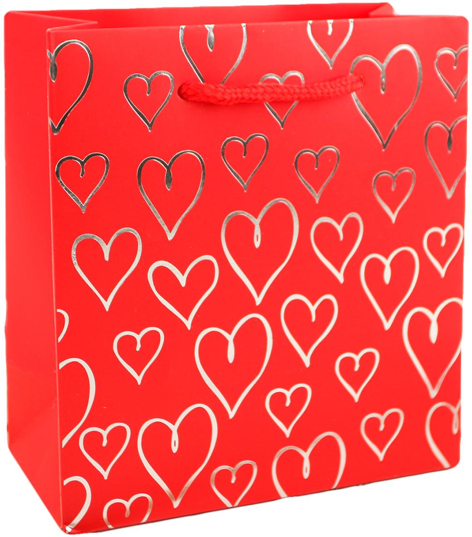 Пакет подарочный С сердечками, цвет: красный, 14 х 15,5 х 7 см. 27910512791051Любой подарок начинается с упаковки. Что может быть трогательнее и волшебнее, чем ритуал разворачивания полученного презента. И именно оригинальная, со вкусом выбранная упаковка выделит ваш подарок из массы других. Она продемонстрирует самые теплые чувства к виновнику торжества и создаст сказочную атмосферу праздника. Пакет подарочный С сердечками - это то, что вы искали.