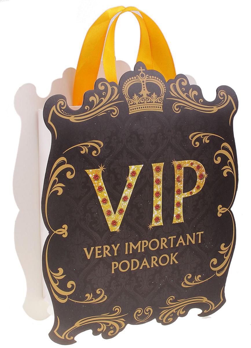 Пакет-открытка подарочный Дарите Счастье VIP, цвет: мультиколор, 15,7 х 20,7 см. 313313Фигурный пакет - это подарочная упаковка 2 в 1. Пакет, выполненный из плотной бумаги 180 г/м2, и открытка с фигурной вырубкой, приклеенная сверху. Удивляйте не только подарком, но и его оформлением!