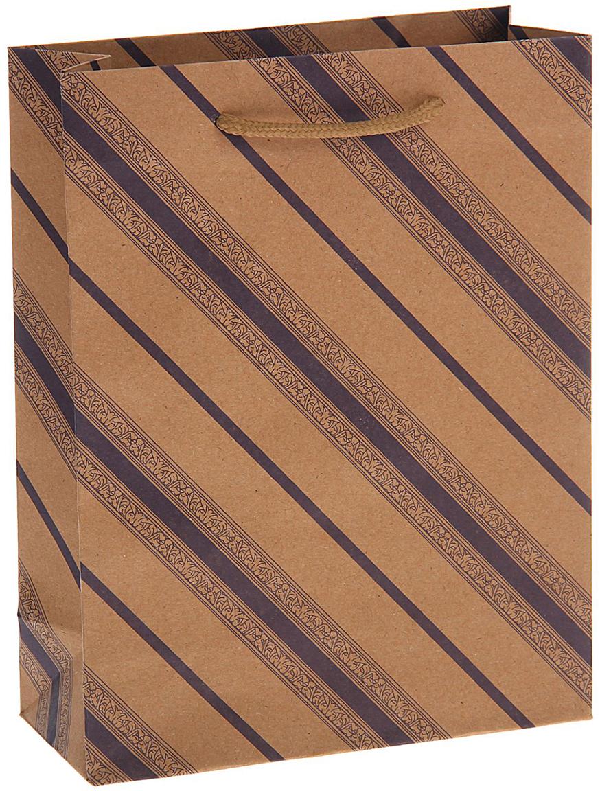 Пакет подарочный Сиреневые линии с узором, цвет: сиреневый, 19 х 8 х 24 см. 720079720079Крафт-пакет Сиреневые линии с узором из натуральной бумаги отличается высокой воздухопроницаемостью, имеет крепкое дно и крученые ручки. Также он свободно выдерживает относительно большой вес (до 10 кг), демонстрируя отличные показатели прочности, и не рвется острыми углами подарочной коробки. Практичность в использовании и разумная стоимость - все это характеризует удобную и абсолютно безопасную в применении упаковку. Модный сдержанный принт подойдет и для дорогой покупки из бутика, и для повседневных бытовых целей. Фирмы, упаковывающие свою продукцию таким образом, демонстрируют осведомленность в вопросах экологии, качества выпускаемых изделий и заботы о своих потребителях.