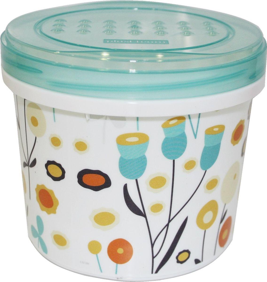 Легкая, прочная банка с закручивающейся крышкой предназначена для хранения продуктов, заморозки, разогревания в СВЧ, переноски обедов. Конструктивное решение крышки и дна банки обеспечивает надежную установку друг на друга при хранении в холодильнике или шкафу.  Использовать в СВЧ только для разогрева пищи (не более 3-х минут), при открытой крышке.  Вплавляемая IML- этикетка устойчива к стиранию.