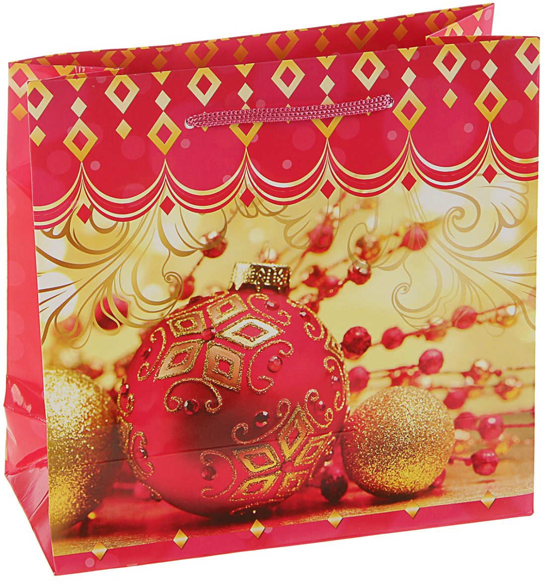 Пакет подарочный Елочные шары, цвет: мультиколор, 23 х 10 х 22,5 см. 27923552792355Любой подарок начинается с упаковки. Что может быть трогательнее и волшебнее, чем ритуал разворачивания полученного презента. И именно оригинальная, со вкусом выбранная упаковка выделит ваш подарок из массы других. Она продемонстрирует самые теплые чувства к виновнику торжества и создаст сказочную атмосферу праздника. Пакет подарочный Елочные шары - это то, что вы искали.