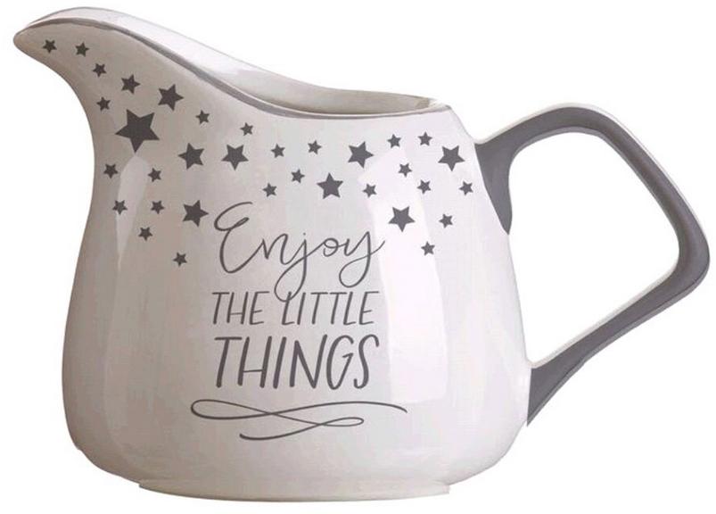 Молочник DCasa Little Things, цвет: бежевый, 270 мл270092Элегантный молочник DCasa, выполненный из высококачественной керамики с глазурованным покрытием, предназначен для подачи сливок, соуса и молока. Изящный, но в тоже время простой дизайн молочника, станет прекрасным украшением стола.