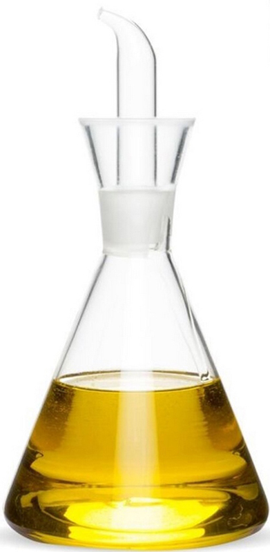 Емкость для масла DCasa, 250 мл284303Стеклянная посуда как нельзя лучше подходит для хранения масла в домашних условиях. Емкость для масла DCasa, выполненная в виде конической колбы, станет еще и оригинальным аксессуаром, украшающем интерьер вашей кухни. Притертая пробка предотвратит окисление продукта и поможет сохранить его натуральный аромат.