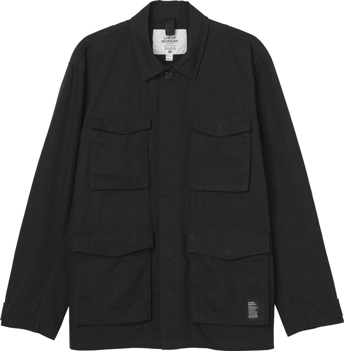 Куртка мужская Cheap Monday, цвет: черный. 0506156. Размер M (48)0506156_BLACKКуртка мужская Cheap Monday выполнена из натурального хлопка. Модель с отложным воротником и длинными рукавами спереди дополнена накладными карманами с клапанами.