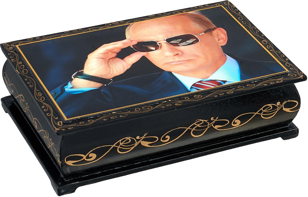 Кремлина Путин В. В. в очках чернослив шоколадный с грецким орехом в шкатулке, 150 г peyman чернослив сухофрукты 150 г