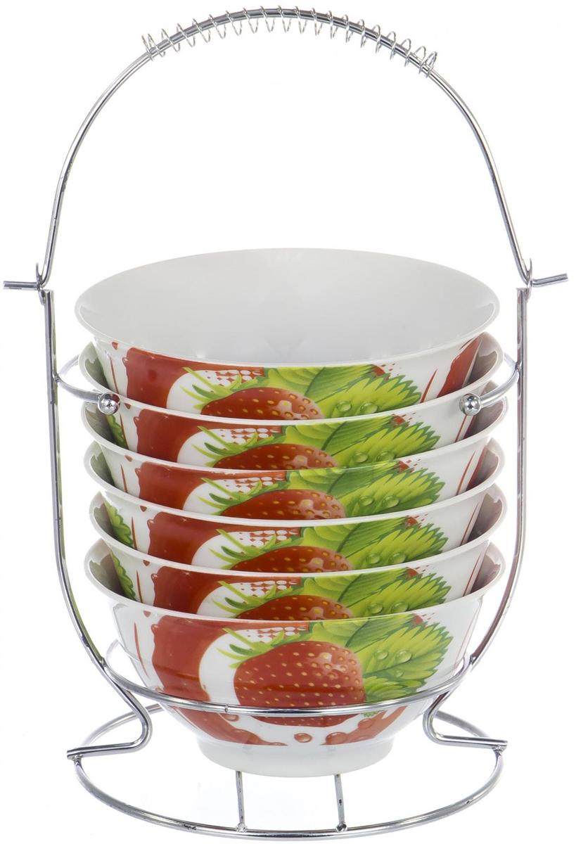 Набор BOWL SET состоит из 6 салатников 300 мл на металлическом стенде. Они выполнены из костяного фарфора. Салатники прекрасно подходят для сервировки стола и подачи различных закусок.   Такие салатники отлично впишутся в интерьер вашей кухни и станут достойным дополнением к кухонному инвентарю.