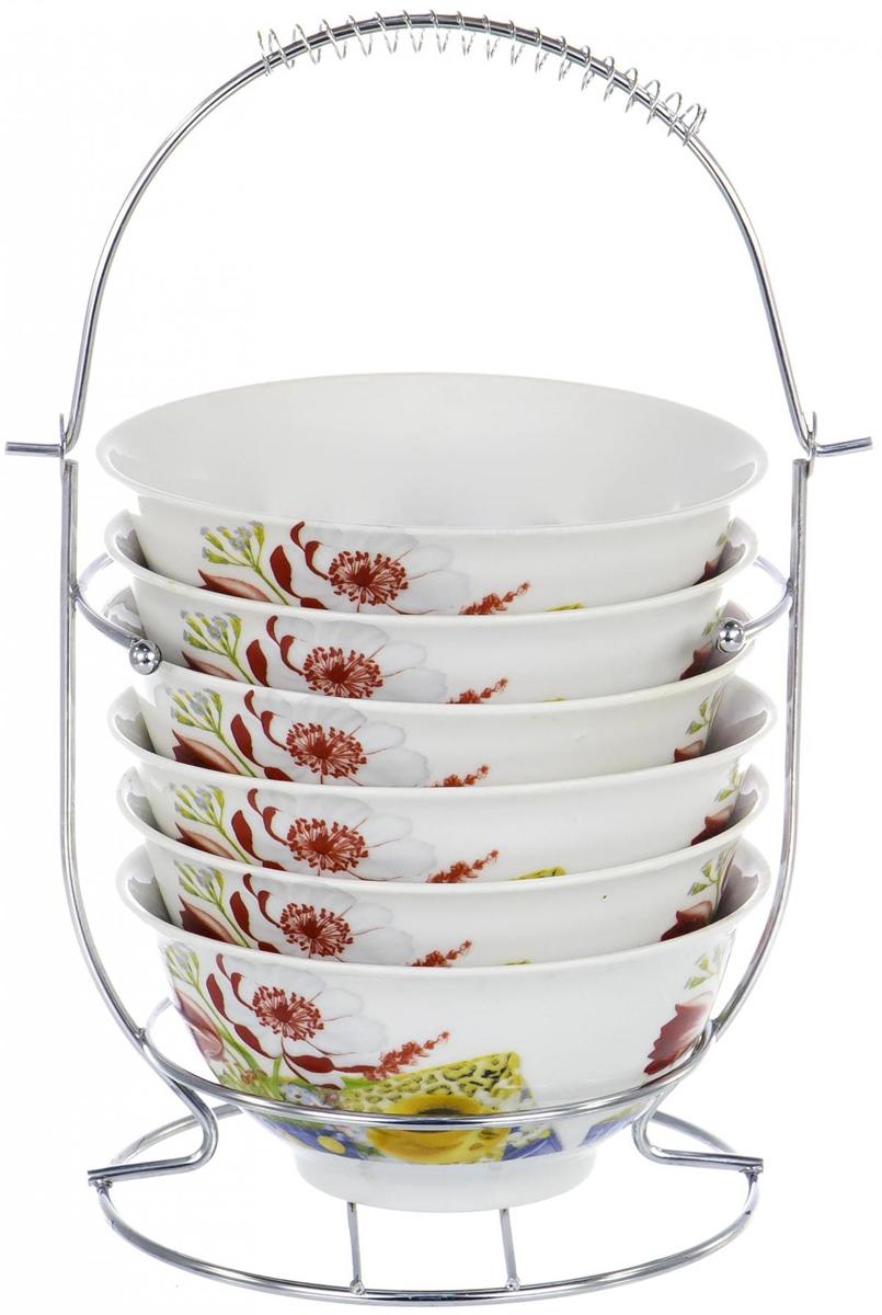 """Набор салатников Olaff """"Bowl Set"""" состоит из 6 салатников и подставки. Салатники изготовлены из фарфора с цветным покрытием. Подставка изготовлена из нержавеющей стали."""