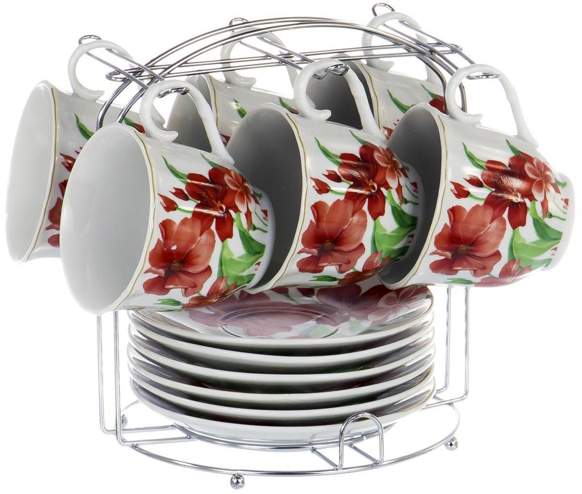 Набор чайный Olaff Metal Stand, 13 предметов. DL-F6MS-185DL-F6MS-185Чайный набор Metal Stand на шесть персон включает в себя шесть чашек 220 мл, шесть блюдец и металлическую подставку для удобного хранения, которая позволит сэкономить место на кухне. Посуда выполнена из качественного фарфора и декорирована жизнерадостным цветочным рисунком. Демократичный набор для повседневного использования и семейных посиделок.