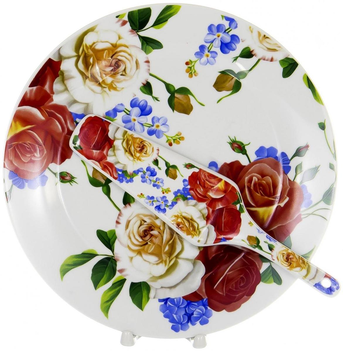 """Набор для торта """"Olaff"""" состоит из блюда и лопатки. Изделия выполнены из керамики и оформлены изящным рисунком. Набор идеален для подачи тортов, пирогов и другой выпечки. Яркий дизайн сделает набор изысканным украшением праздничного стола.  Набор: тарелка 270мм + лопатка."""