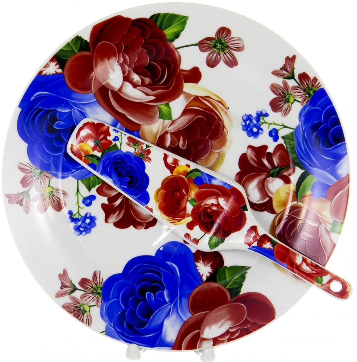 """Набор для торта """"Olaff"""" состоит из блюда и лопатки. Изделия выполнены из керамики и оформлены изящным рисунком. Набор идеален для подачи тортов, пирогов и другой выпечки. Яркий дизайн сделает набор изысканным украшением праздничного стола.  В наборе: тарелка диаметром 27 см и лопатка."""