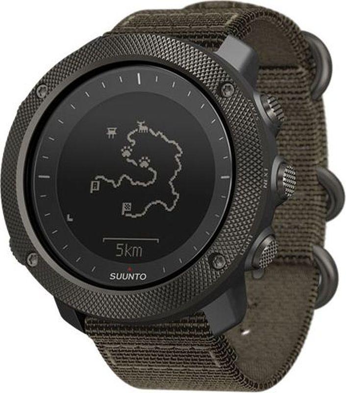 Спортивные часы Suunto Traverse Alpha FoliageSS022292000Часы Suunto Traverse Alpha сочетают в себе конструктивную надежность и полный спектр функций для отдыха на природе. Они станут вашим надежным проводником по дикой местности — благодаря GPS/GLONASS навигации вы никогда не собьетесь с пути. В качестве полезного подспорья мы предусмотрели специальные функции для охоты и рыбалки, включая календарь фаз луны, обнаружение выстрелов, оповещение о восходе солнца, барометр для слежения за изменениями погоды и красная подсветка для ночного времени суток. Планируйте маршруты, ведите дневник охоты и рыбалки на сайте Movescount.com от Suunto.Режимы пешего туризма, охоты и рыбалки Время восхода и захода солнца, оповещение об этих событиях Специальные типы точек POI для охоты и рыбалки Фазы Луны, время восхода и захода Луны Автообнаружение выстрелов Красная подсветка, не слепящая приборы ночного видения GPS и GLONASS для навигации по маршруту и точкам POI Просмотр сохраненного обратного маршрута в реальном времени Отслеживание скорости, расстояния и высоты Поиск новых маршрутов с помощью теплокарт на сайте Suunto Movescount и в приложении Suunto Movescount AppПланирование маршрута на сайте Movescount.com от Suunto с использованием топографических карт Предпросмотр маршрута и отображение на часах профиля высот на маршруте Водонепроницаемость до глубины 100 метров (330 футов) Высотомер с технологией FusedAlti Прогноз погоды и штормовое предупреждение Компас Подсветка с режимом фонаря Виброоповещение Время по GPS Отслеживание активности — шаги и калории за день, неделю, месяц и год Мобильные уведомления Поддержка приложения Suunto Movescount App (iOS и Android)Размеры 50 x 50 x 15 мм / 1.97 x 1.97 x 0.59  Вес 75 г / 2.65 унц. Материал безеля: Нержавеющая сталь Материал стекла: Сапфировое стекло Материал корпуса: Композит Материал ремешка: Ткань КомплектацияSuunto Traverse Alpha Stealth, USB-кабель, краткое руководство, листовка с условиями гарантии