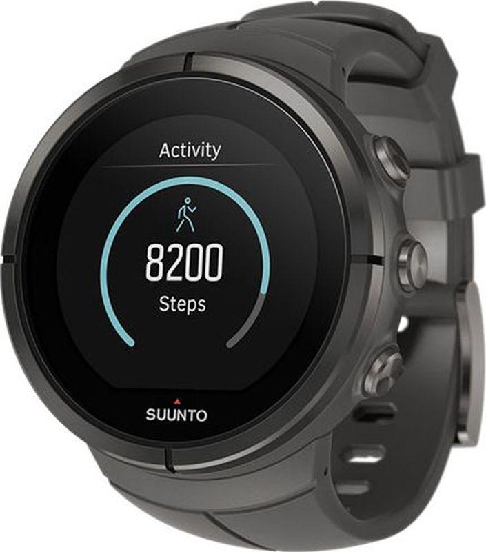 Спортивные часы Suunto Spartan Ultra Stealth TitanSS022656000GPS-часы для мультиспорта и приключений Suunto Spartan Ultra — это продвинутые GPS-часы для мультиспорта с цветным сенсорным экраном и водонепроницаемостью до глубины в 100 м. Компас и барометрическая высота с FusedAlti позволяют никогда не сбиться с пути. 80 предустановленных спортивных режимов и конкретные показатели по видам спорта делают Spartan Ultra вашим оптимальным партнером для тренировок. Отслеживайте достижения и личные рекорды. Оптимизируйте тренировки, опираясь на анализ данных сообщества. Открывайте новые маршруты на Suunto Movescount с помощью тепловых карт, пусть часы ведут вас по маршруту. Часы Spartan Ultra созданы вручную в Финляндии, их ключевая особенность — надежность в любых условиях.ВЫДЕРЖАТ ЛЮБЫЕ ПРИКЛЮЧЕНИЯ Водонепроницаемость до глубины 100 м / 300 фт 18 часов работы от батареи в режиме максимальной мощности при фиксированном интервале опроса GPS (1 с) для наиболее точной GPS-навигации До 140 ч работы батареи с настройками энергоэффективности Защищенный цветной сенсорный экран с тремя кнопками GPS/GLONASS для навигации по маршруту и определения расположения следование маршруту в реальном времени с маршрутом, точками POI и расчетным временем ETA GPS используется для отслеживания набора или снижения высоты в тренировке Алгоритм FusedAlti использует данные GPS и барометрическую высоту для более точной оценки высоты Штормовое предупреждение Время восхода/захода солнца Цифровой компас с компенсацией склонения ОПЫТ СПОРТИВНЫХ ДОСТИЖЕНИЙ Измерение частоты сердцебиения, оценка потраченных калорий, максимальной эффективности тренировки и времени восстановления Поддержка более 80 видов спорта в режимах соревнований и интервальной тренировки Режим триатлона и мультиспорта Настройка интервальных тренировок на часахПульсовые зоны на часах Бег: таблица пройденных этапов со сведениями о темпе бега и частоте сердцебиения; точное измерение темпа с технологией FusedSpeed поддержка датчика Stryd дл