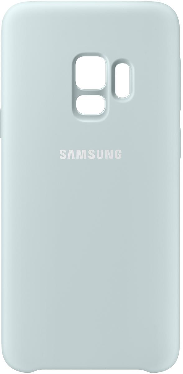 Samsung Silicone Cover чехол для Galaxy S9, BlueEF-PG960TLEGRUБлагодаря своим плавным линиям Samsung Galaxy S9 уже удобно лежит в руке, а силиконовый чехол с мягким, приятным на ощупь софт тач покрытием, только усиливает это ощущение комфорта. Кроме того Silicone Cover с внутренней мягкой подкладкой из микроволокна надежно защищает корпус смартфона от повреждений.