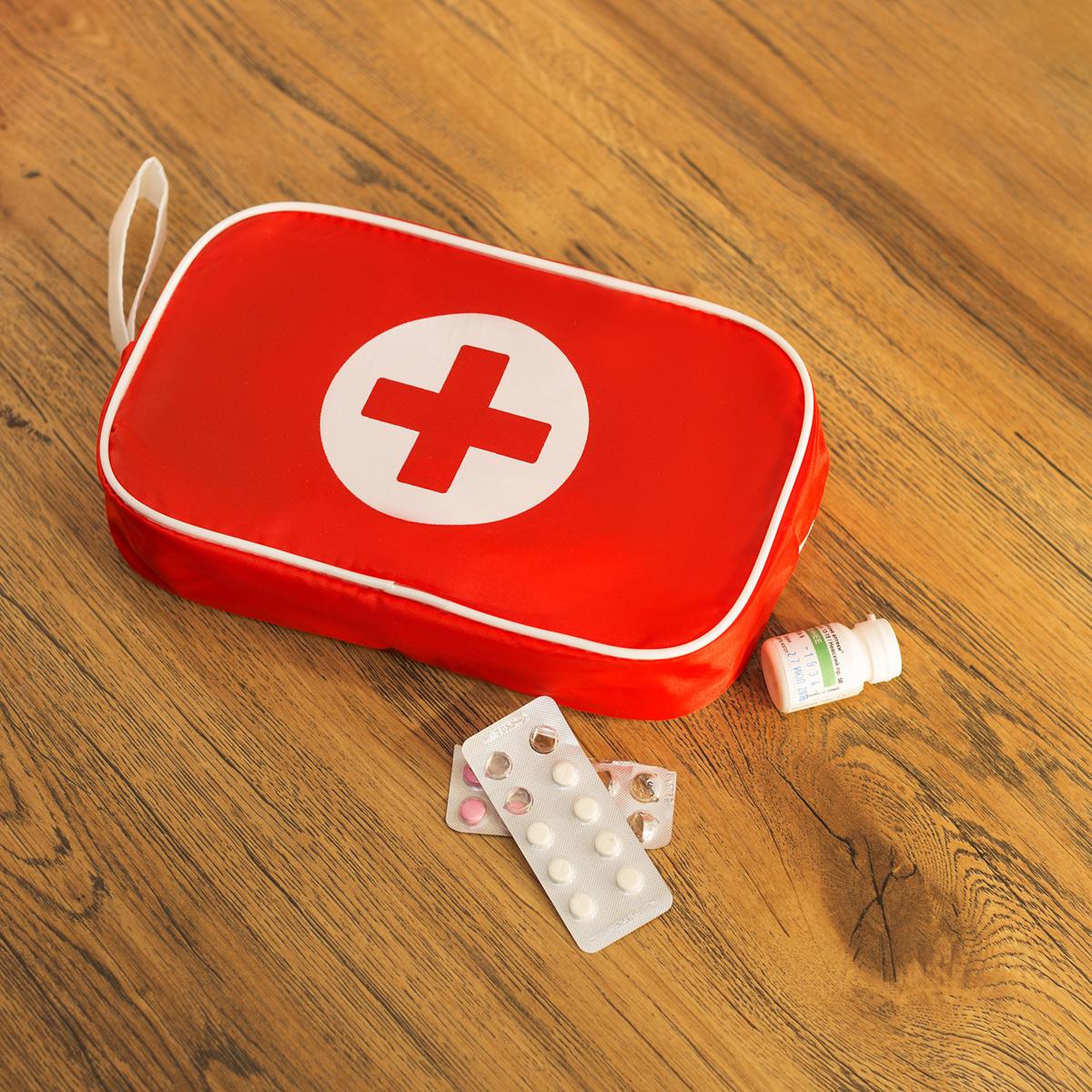 кадрах красная аптечка картинки всем так