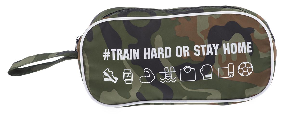 Следите за фигурой и здоровьем? А может собираетесь начать и наконец записаться в фитнес клуб? Косметичка для спорта Train Hard станет вашим помощником, ведь так важно иметь при себе необходимые мелочи, чтобы привести себя в порядок после тренировки.