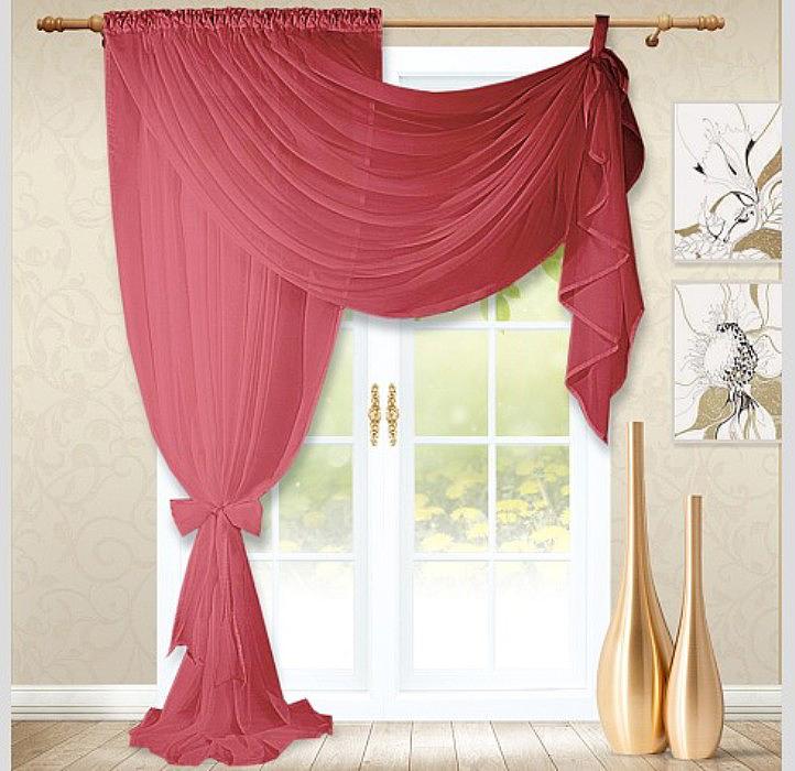 Штора из легкой, воздушной вуалевой ткани великолепно выглядят в большинстве интерьеров, привнося в них изящество и элегантность. Вуаль обладает плотной структурой и особой мягкой фактурой.Штора (на кулиске) две детали сшиты вместе.
