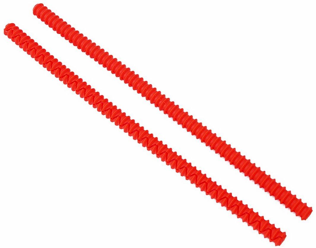 Прихватка для противня Ruges Запекай, цвет: красныйK-76Защитная накладка на край противня, оберегает руки от ожогов при касании. Особенно удобно, когда вы готовите сразу несколько блюд и нужно достать то, которое на нижней полке духового шкафа - прихватка Запекай не даст вам обжечься о верхнюю полку. Жаропрочный силикон сделает маневры в духовом шкафу гораздо проще! Приятной и безопасной вам готовки вкусностей! Комплектация: накладка 2 шт.