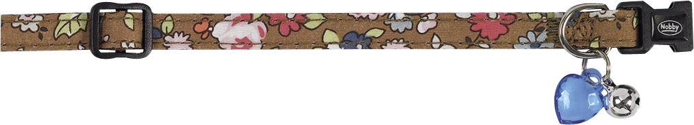 Ошейник Nobby Цветочный, для кошек, универсальный, цвет: коричневый78002-23Яркий ошейник Nobby «Цветочный», изготовленный из нейлона, станет отличным украшением Вашего любимца. Ошейник имеет удобную и безопасную пластиковую застежку, бубенчик и декоративное прозрачное сердечко. Благодаря системе регулирования изделие можно настроить под размер шеи питомца.