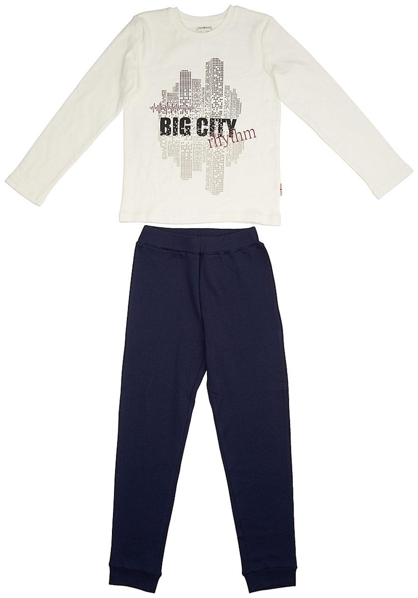 Пижама для мальчика Frutto Rosso, цвет: темно-синий. FRB72142. Размер 140FRB72142Комфортная пижама выполнена из 100% хлопка. Детали: длинный рукав, округлый вырез горловины, принт выполнен шелкографным способом, брючины оформлены манжетами.