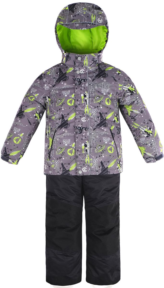 Комплект верхней одежды для мальчика Reike: куртка, брюки, цвет: серый. 40 999 100_SPR(60) grey. Размер 116, 6 лет40 999 100_SPR(60) greyКомплект для мальчика от Reike состоит из куртки с космическим принтом и однотонных брюк на лямках. Куртка и брюки выполнены из ветрозащитной и водонепроницаемой дышащей мембранной ткани на подкладке из микрофлиса. Куртка дополнена съемным регулирующимся капюшоном с козырьком, двумя карманами на молнии и множеством светоотражающих деталей. Эластичная талия брюк и регулируемые подтяжки гарантируют посадку по фигуре, длинная молния впереди облегчает процесс одевания. Колени, задняя поверхность бедер и низ брюк дополнительно упрочнены сверхпрочным материалом. Брюки оснащены светоотражателями, двумя боковыми карманами на молнии. Все основные швы комплекта проклеены, чтобы влага не попала внутрь. Брюки оснащены светоотражателем, боковыми карманами на молнии и съемными силиконовыми штрипками. Технологический уровень. Коэффициент воздухопроницаемости комбинезона 3000гр/м2/24 ч. Водоотталкивающее покрытие: 3000 мм. Износостойкость 50 000 (тест Мартиндейла). Утеплитель: Polyfill, куртка - 60 г.