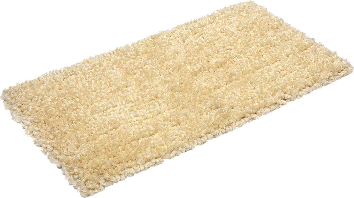 Благодаря высокой износоустойчивости полиэстера ковер можно стелить не только в гостиной и спальне, но и в зонах с высокой проходимостью, например, в коридоре, прихожей и на лестнице. Устойчив к образованию пятен, цвет не выгорает под воздействием солнечных лучей, хорошо держит тепло, очень мягкий и приятный на ощупь. Высота ворса 3,5 см. Плотность ворса 1800 г/м2. Материал: ворс: полиэстер, подложка: хлопок.