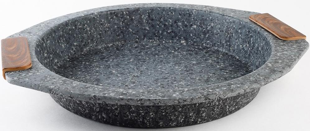 Форма для торта CS-Kochsysteme Steinfurt, диаметр 23 см64242Форма для торта CS-Kochsysteme Steinfurt изготовлена из стали с антипригарнымпокрытием. Сочетание материалов и технологии придаёт посуде необходимую лёгкость ипрактичность использования. Мыть предметы из стали рекомендуется обычной губкой ижидким моющим средством. Пользоваться металлическими мочалками, абразивнымичистящими средствами и средствами с хлором не рекомендуется. После мытья, чтобыизбежать образования известкового налета, предметы из нержавеющей стали необходимонасухо вытирать мягкой впитывающей тканью.