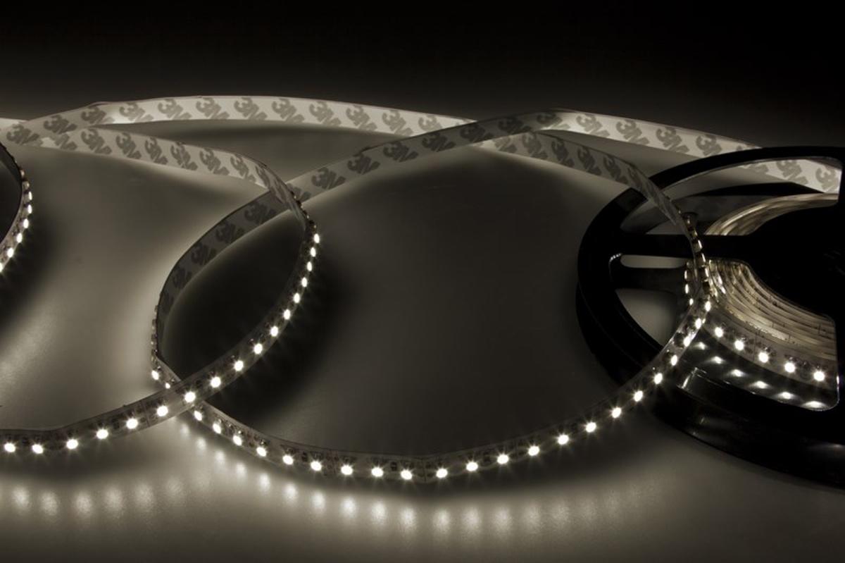Светодиодная лента - гибкая лента на самоклеящейся основе, на которой установлены светодиоды. Может использоваться в подсветке интерьеров, изготовлении световых рекламных конструкций и пр. Работает от напряжения 12 В, поэтому при подключении к обычной бытовой сети 220 В потребуется источник питания 12 В.  • Светодиодная лента 12 В поставляется в катушках длиной 5 м • Следуя несложной инструкции, можно легко отрезать и подключить ленту нужной длины (модуль резки 25 мм). Монтаж ленты осуществляется вручную с помощью дополнительных аксессуаров (профиль, коннекторы, диммеры) и не требует специальной квалификации.  • Степень влагозащиты IP 23 - без влагозащиты, для установки внутри помещений.  • 120 диодов/метр • 4-5 Лм/диод