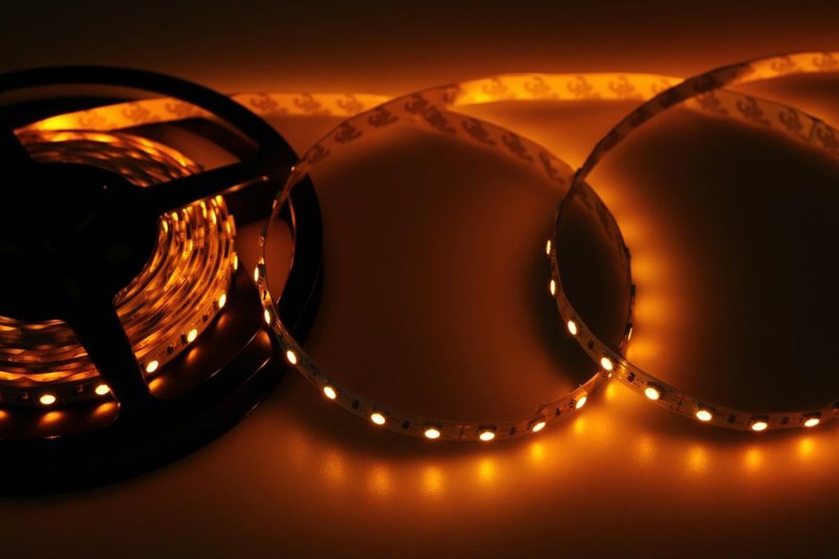 Светодиодная лента Neon-Night SMD 5050, 10мм, IP23, 60 LED/m, 12V, цвет: желтый