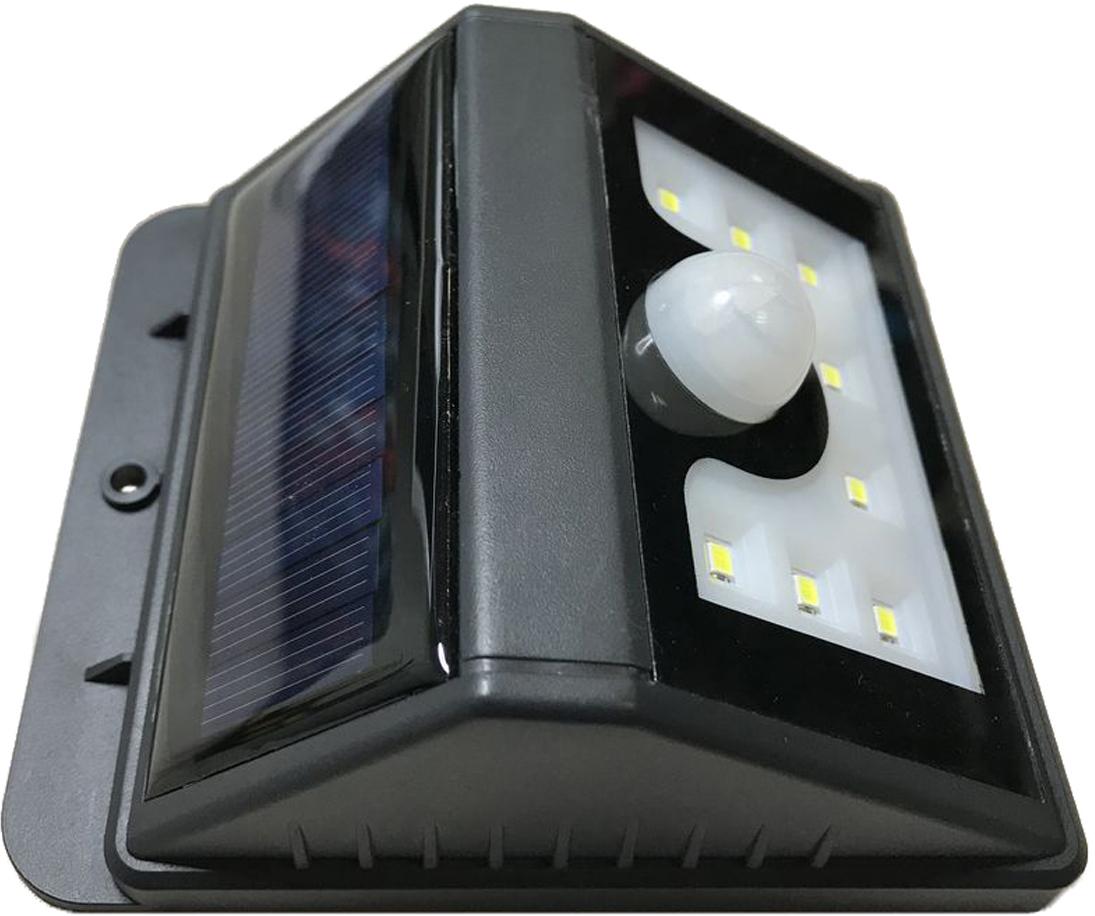 Данная модель широко используется для освещения на улице, во дворе, в саду, на балконе, стене 1. Солнечная панель заряжается в дневное время. Полученная энергия накапливается в аккумуляторной батарее. Чем больше солнечного света, тем больше энергии. 2. Светильник начинает работать автоматически, когда на улице становится темно. Имеет 2 режима работы: 1. В темноте при движении загорается на 20 сек., затем гаснет. 2. В темноте постоянно светит в режиме пониженной яркости , при движении загорается ярко на 20 сек., затем снова в режиме пониженной яркости, в целях экономии заряда аккумулятора.