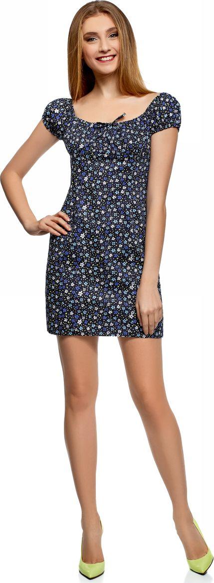 Платье oodji Ultra, цвет: темно-синий, белый, цветы. 11902047-2B/14885/7910F. Размер 38-170 (44-170)11902047-2B/14885/7910FНежное и романтичное платье с короткими рукавами, застегивается сбоку на скрытую молнию. Глубокий вырез с завязками и присборенный спереди лиф красиво оформляют линию груди. Верхняя часть спины открыта. Короткие рукава-фонарики на резинке придают платью дополнительное очарование. Модель с завышенной талией и рельефными швами облегает фигуру и подчеркивает ее достоинства. Короткое платье уравновешивает пропорции, привлекает внимание к изгибам фигуры и открывает ноги. Легкая хлопковая ткань с небольшим добавлением эластана приятна для тела, дышит, не вызывает аллергии. Благодаря эластану платье тянется и подчеркивает фигуру. В этом платье вам будет комфортно даже в жаркую погоду. Женственное короткое платье прекрасно подойдет для особенных случаев. С ним вы легко сможете создать привлекательный и романтичный образ. В таком платье можно пойти на свидание, прогуляться по городу или по магазинам. Достаточно дополнить его подходящей случаю обувью и сумкой, и у вас готов стильный наряд! К такому платью легко подобрать сабо, босоножки, балетки или сандалии. В прохладную погоду платье можно дополнить кардиганом, жакетом или джинсовой курткой. Легкий и нежный наряд для соблазнительных образов!