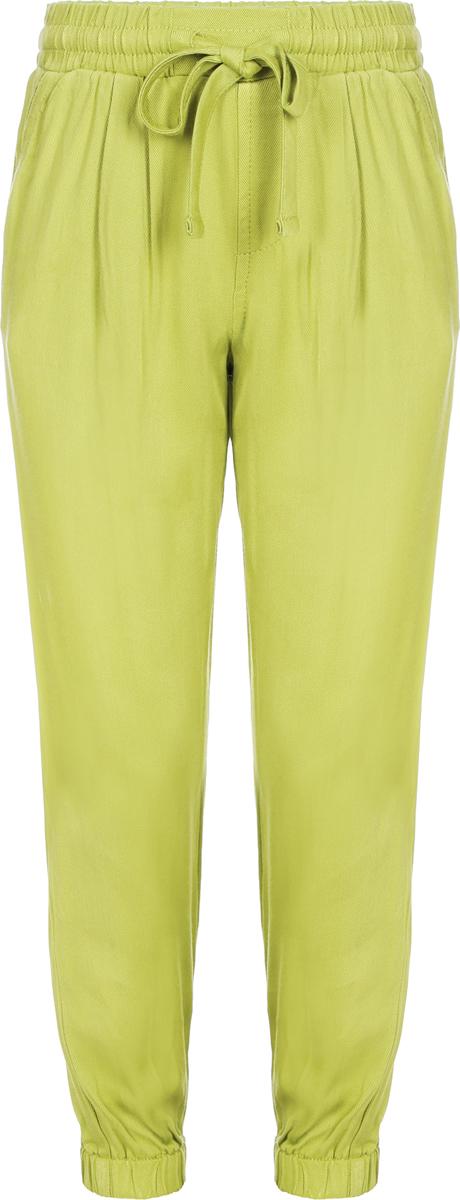 Брюки для девочки Sela, цвет: темно-лимонный. P-515/523-8223. Размер 116, 6 летP-515/523-8223Легкие брюки для девочки от Sela выполнены из вискозы. Модель прямого кроя с широким поясом дополнена затягивающимся шнурком на талии. Брючины дополнены эластичными манжетами.