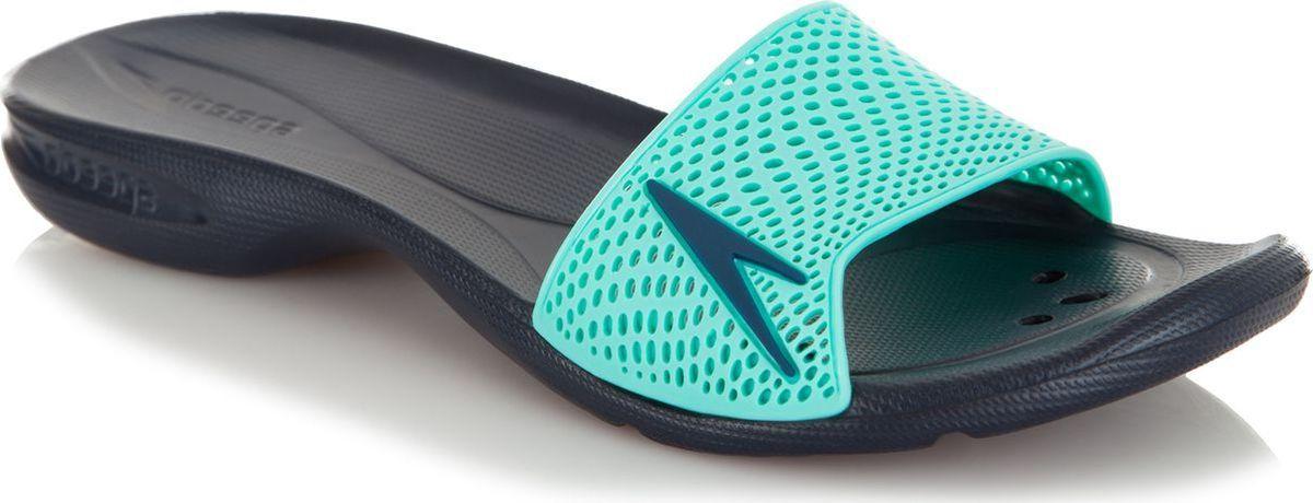 Шлепанцы женские Speedo Atami II Max, цвет: темно-синий, мятный. 8-09188C459-C459. Размер 6 (37,5)8-09188C459-C459Оригинальные женские шлепанцы Atami II Max от Speedo с перфорированной верхней частью изделия, благодаря которой быстро удаляется влага и обеспечивается дополнительная вентиляция, изготовлены из термополиуретана и оформлены символикой бренда. Рифление на верхней поверхности подошвы, выполненной из ЭВА материала, предотвращает выскальзывание ноги, отверстия в области носка предназначены для слива воды. Специальный рисунок подошвы гарантирует оптимальное сцепление при ходьбе как по сухой, так и по влажной поверхности. Удобные шлепанцы прекрасно подойдут для похода в бассейн или на пляж.