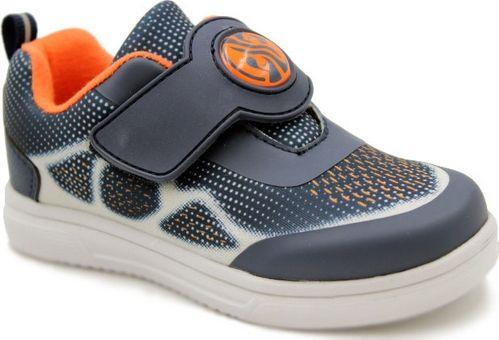 Кроссовки для мальчика Зебра, цвет: синий. 12287-5. Размер 2912287-5Комфорт и максимальное удовольствие от использования – это модные, стильные, яркие, оригинального дизайна кроссовки ТМ Зебра.Верх и подкладка из натуральных, комбинированных, инновационных и высокопрочных сетчатых материалов, которые обеспечивают дышащий эффект и гарантируют оптимальный микроклимат внутри.Анатомическая профилированная двухслойная вкладная стелька, застежка велькро, прочный задник и подносок, высокотехнологичная подошва дают правильное, удобное и безопасное расположение стопы, предотвращающее развитие плоскостопия и каких-либо деформаций.Светоотражатели - блестящие швы и вставки - дополнительная возможность обеспечения безопасности ребенка на улице.