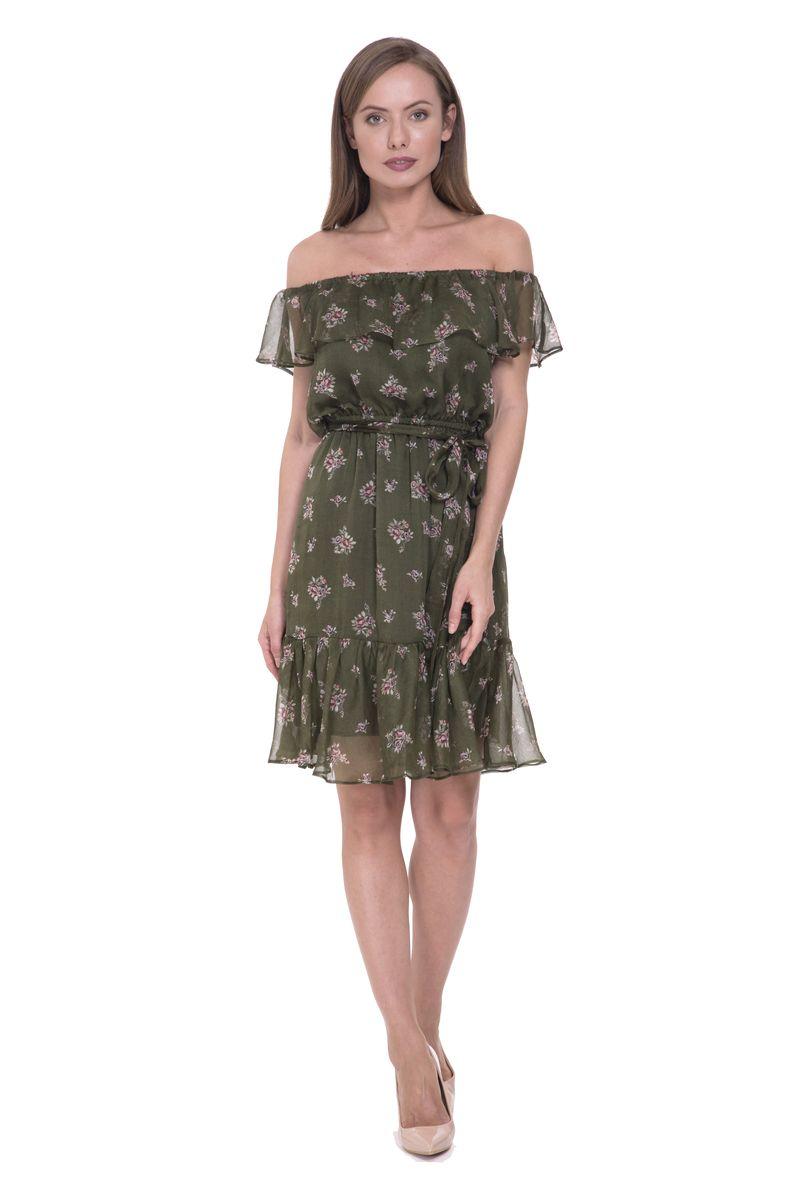 Платье Lusio, цвет: хаки. SS18-020298. Размер L (46/48)SS18-020298Модное платье Lusio станет отличным дополнением к вашему гардеробу. Модель выполнена из полиэстера. Платье с круглым вырезом горловины и короткими рукавами оформлено принтом. Модель дополнена поясом.