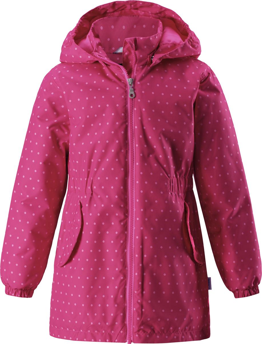 Куртка для девочки Lassie, цвет: розовый. 721726R4681. Размер (116)721726R4681Детская куртка Lassie идеально подойдет для ребенка в холодное время года. Куртка изготовлена из водоотталкивающей и ветрозащитной ткани. Материал отличается высокой устойчивостью к трению. Благодаря специальной обработке полиуретаном поверхность изделия отталкивает грязь и воду, что облегчает поддержание аккуратного вида одежды. Дышащее покрытие с изнаночной части не раздражает даже самую нежную и чувствительную кожу ребенка, обеспечивая ему наибольший комфорт. Куртка застегивается на пластиковую застежку-молнию с защитой подбородка, благодаря чему ее легко надевать и снимать. Края рукавов дополнены неширокими эластичными манжетами. Также модель дополнена светоотражающими элементами для безопасности в темное время суток. Все швы проклеены, не пропускают влагу и ветер.