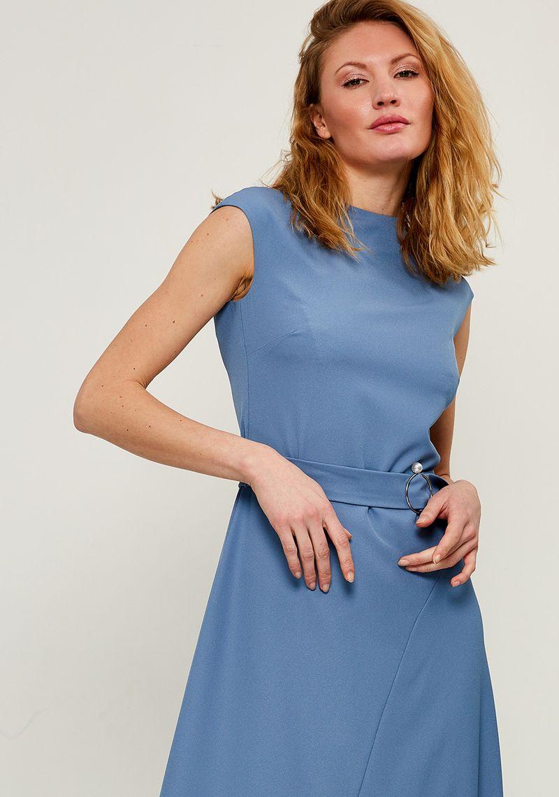 Платье Zarina, цвет: голубой. 8224000500059. Размер 428224000500059Платье Zarina выполнено из высококачественного материала. Модель дополнено поясом.