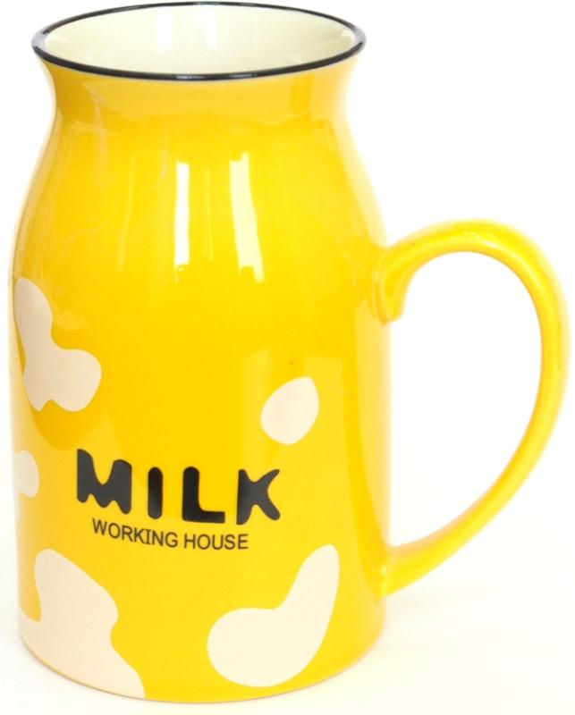 Яркая пятнистая кружка Milk может стать самой приятной вещицей на кухне.