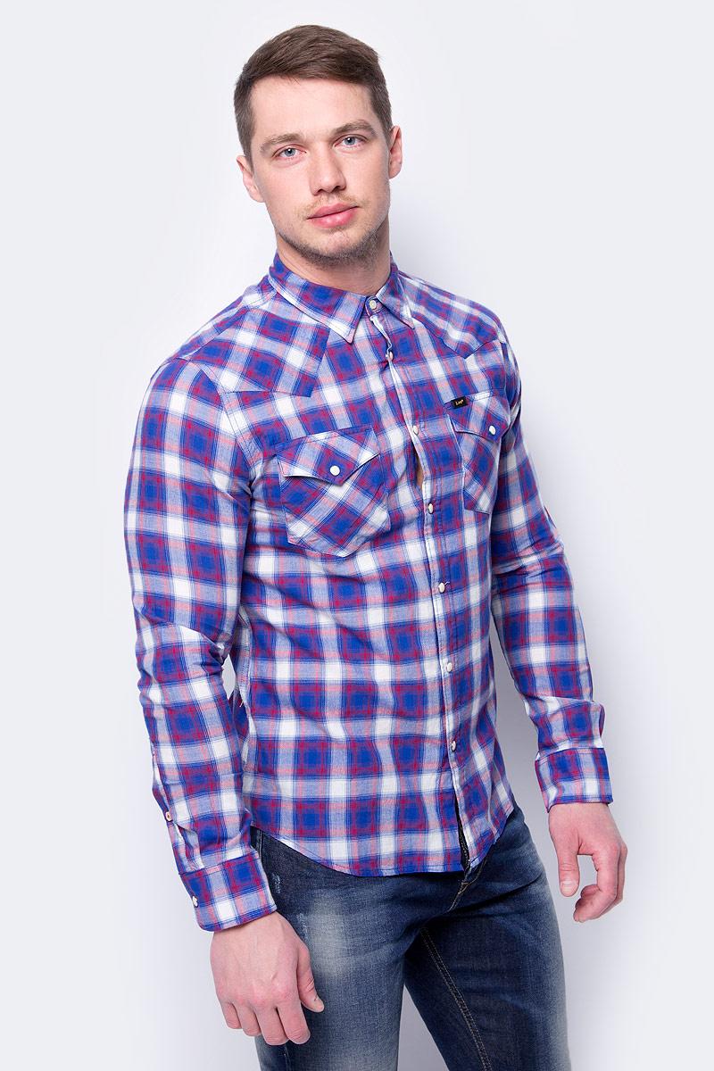 Рубашка мужская Wrangler, цвет: синий. L643GIFE. Размер L (50)L643GIFEМужская рубашка Wrangler выполнена из высококачественного материала. Модель с отложным воротником, длинными рукавами застегивается на кнопки.