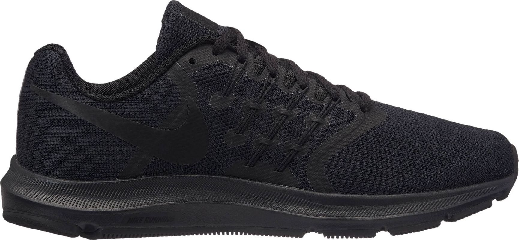 Кроссовки для бега женские Nike Run Swift Running Shoe, цвет: черный. 909006-019. Размер 7,5 (37,5)909006-019Женские беговые кроссовки Nike, выполненные из текстиля и пластика, дополнены фирменной нашивкой на язычке. Интегрированные нити Flywire надежно фиксируют среднюю часть стопы, а пеноматериал создает амортизацию.Конструкция из сетки обеспечивает зональную вентиляцию и поддержку. Шнурки с интегрированными нитями для регулируемой поддержки. Подошва с вафельным рисунком повышает амортизацию и упругость. Широкая передняя часть стопы не стесняет движений пальцев. Пеноматериал Cushlon обеспечивает мягкую, но упругую амортизацию и поддержку. Сетка с открытыми отверстиями в передней части стопы для легкости и воздухопроницаемости. Сетка с плотным плетением на боковой части создает надежную поддержку, не жертвуя воздухопроницаемостью. Подошва с рифлением обеспечивает отличное сцепление на любой поверхности. Мягкие и удобные кроссовки превосходно подчеркнут ваш спортивный образ и подарят комфорт.