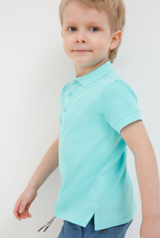 Поло для мальчика Acoola Zweig, цвет: синий. 20120110103_500. Размер 11020120110103_500Очаровательная футболка-поло для мальчика Acoola идеально подойдет вашему ребенку. Изготовленная из 100% хлопка, она необычайно мягкая и приятная на ощупь, не сковывает движения и позволяет коже дышать, не раздражает даже самую нежную и чувствительную кожу ребенка, обеспечивая ему наибольший комфорт. Футболка-поло с короткими рукавами и отложным воротничком застегивается на три пуговицы сверху. По бокам предусмотрены небольшие разрезы. Спереди изделие украшено вышивкой в виде пальм. Однотонная футболка-поло будет великолепно сочетаться с любыми вещами. Оригинальный современный дизайн и модная расцветка делают эту футболку стильным предметом детского гардероба. В ней ваш маленький мужчина будет чувствовать себя уютно, комфортно и всегда будет в центре внимания!
