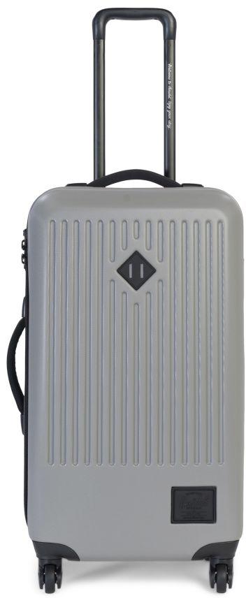 Чемодан Herschel Trade Medium, на колесах, цвет: темно-серый, 66 л10333-01896-OSСтильный и прочный четырехколесный чемодан Trade Medium с жесткимкорпусом идеально подходит для длительных поездок или командировок.Сетчатые перегородки внутри чемодана и жесткая пластиковая оболочкасохранят ваши вещи в полном порядке, а оптимальный объем с легкостьюпозволит взять с собой в путешествие весь необходимый багаж. Колеса споворотом на 360 градусов и выдвижная ручка позволяют катить чемодан ввертикальном положении и легко маневрировать, не нагружая руки.Особенности:Чемодан на колесах. Корпус из прочного, легкого, износостойкого поликарбоната. Эксклюзивная подкладка в полоску. Основное отделение с крестообразными ремнями и отделением сэластичной сеткой. Двусторонняя молния для открытия основного отделения с бегунками изкожи. Регулируемая телескопическая ручка. Ручки для переноски с неопреновой подкладкой. Колеса вращаются на 360 градусов. Высококачественные закрытые колеса из полиуретана. Прочные молнии с защитой от влаги. Кодовый замок для блокировки бегунков молний. Фирменная фурнитура с тиснением. Фирменный логотип Hershel.Объем: 66 л.