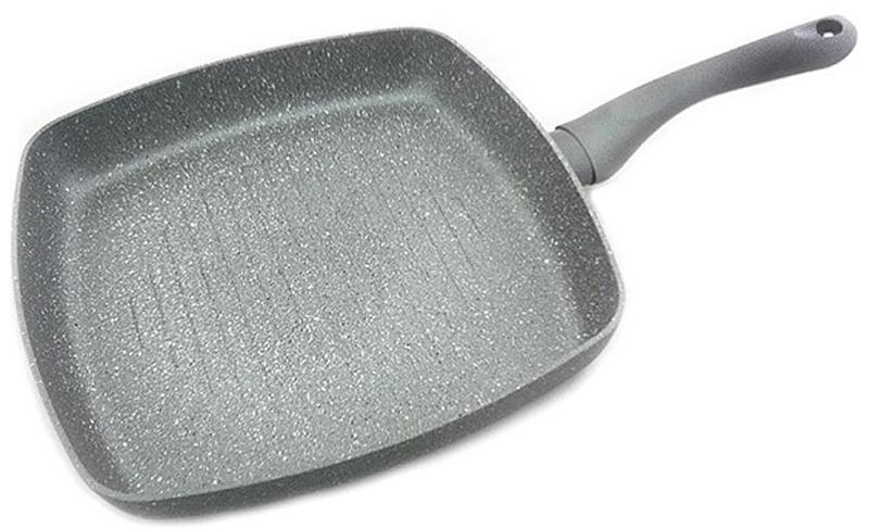 """Сковорода-гриль Fissman """"Moon Stone"""" изготовлена из алюминия с антипригарным керамическим покрытием.  В процессе приготовления рекомендуется использовать деревянные или пластиковые лопатки. Перед первым использованием посуду следует помыть и протереть сухой тряпкой. Затем слегка смазать поверхность маслом или жиром, что делает антипригарное покрытие готовым к использованию и обеспечивает лучшие результаты при приготовлении пищи."""