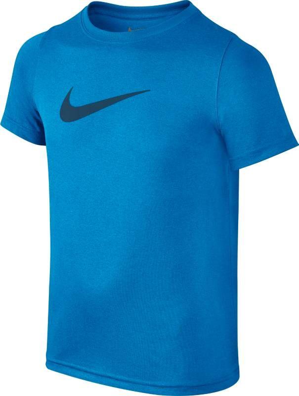 Футболка для мальчика Nike Dry, цвет: голубой. 819838-482. Размер M (140/146)819838-482Boys Nike Dry Training T-Shirt КОМФОРТ НА ВЕСЬ ДЕНЬ. Универсальная футболка для тренинга для мальчиков Nike Dry с функциональной конструкцией из влагоотводящей ткани обеспечивает комфорт. Ткань Nike Dry с технологией Dri-FIT отводит влагу и обеспечивает комфорт. Влагоотводящая лента на внутренней стороне ворота для дополнительного комфорта. Горловина из рубчатого трикотажа для повышенной прочности. 100% ПОЛИЭСТЕР